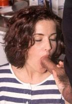 Angelica Bella en Auto Sexstop - thumb 2