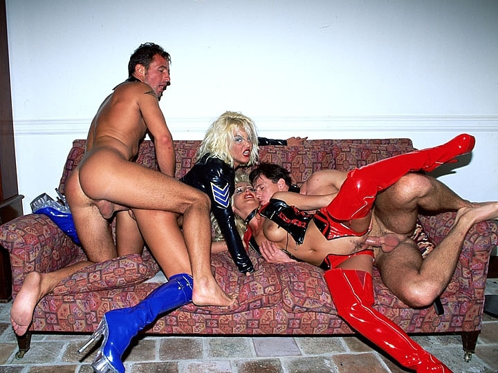 Dru Berrymore & Zora Banx in a Fetish Orgy