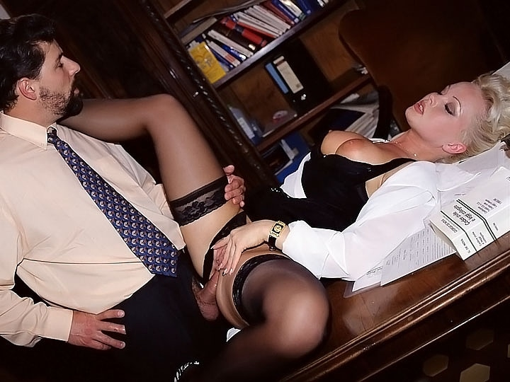 Vintage secretary anal