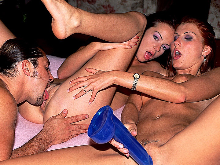 Bisexuals Kate More and Nicol Use Sex Toy for a DP in a FFM Threesome