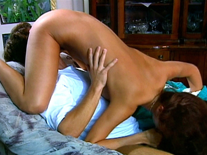 Melody Kord Get into the 69 Position and Has an Orgasm with a Facial