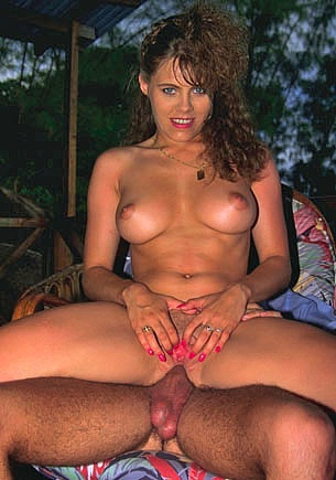 Natural Busty Valy Verdi has Anal Sex