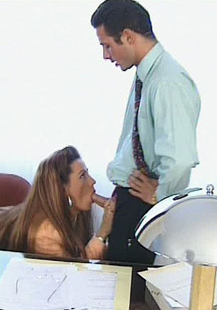 Karla, Anal Efficient Secretary