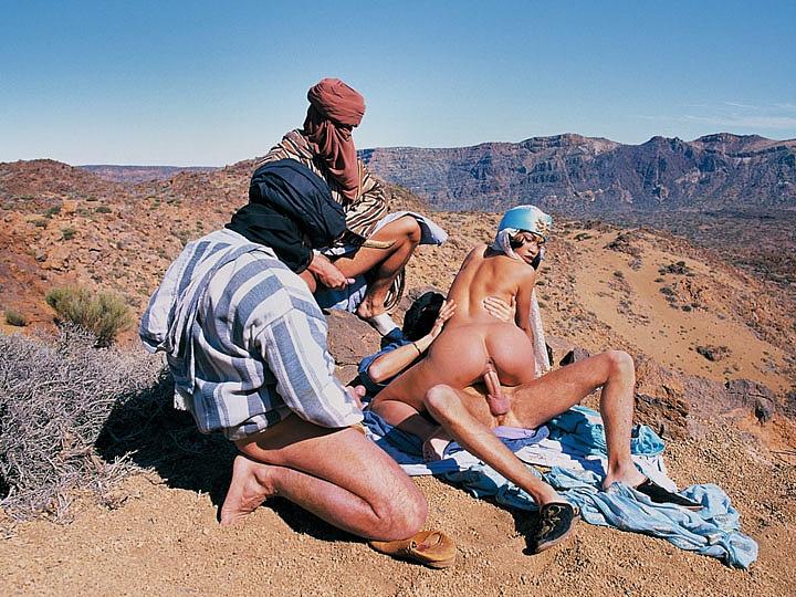 Mafalda y los tres beduinos, ganbang en el desierto