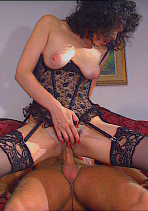 Pussy Haired Veronique Lefay in a Threesome