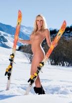 Diana Gold, Snow Slut - thumb 1