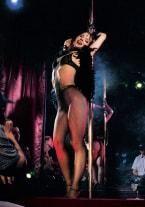 Adrienne Klass, más que una simple bailarina - thumb 1