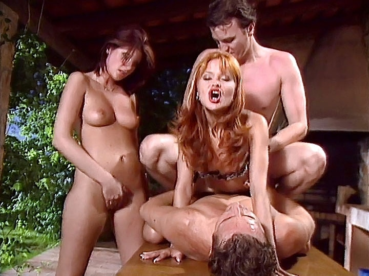 Jennifer Red & Michele, DP Orgy in the Garden