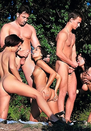 Maria Bellucci, Channel Sevent & Cristina Dark, Outdoor Orgy
