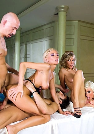 Alexis, Lisa Rose and Tiffany Rousso in an Orgy