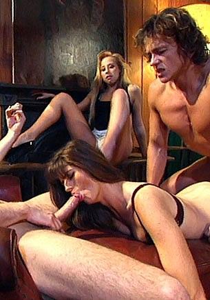 Harley D and Laura inn an Anal Orgy