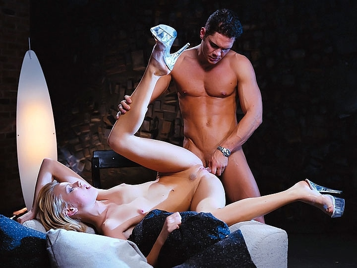 Claudia Jamsson Enjoys Anal Sex with Nacho Vidal