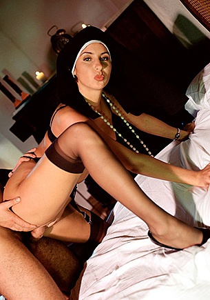 Teen Stephanie's sexual fantasies come true in orgies!