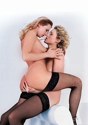 Lesbigram with Claudia Claire and Lynn Stone