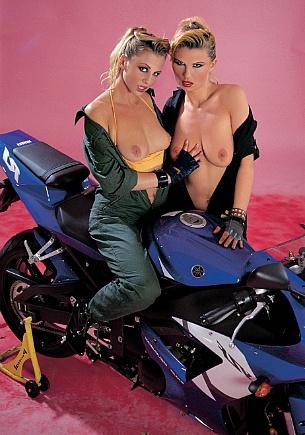 Renata & Claudia